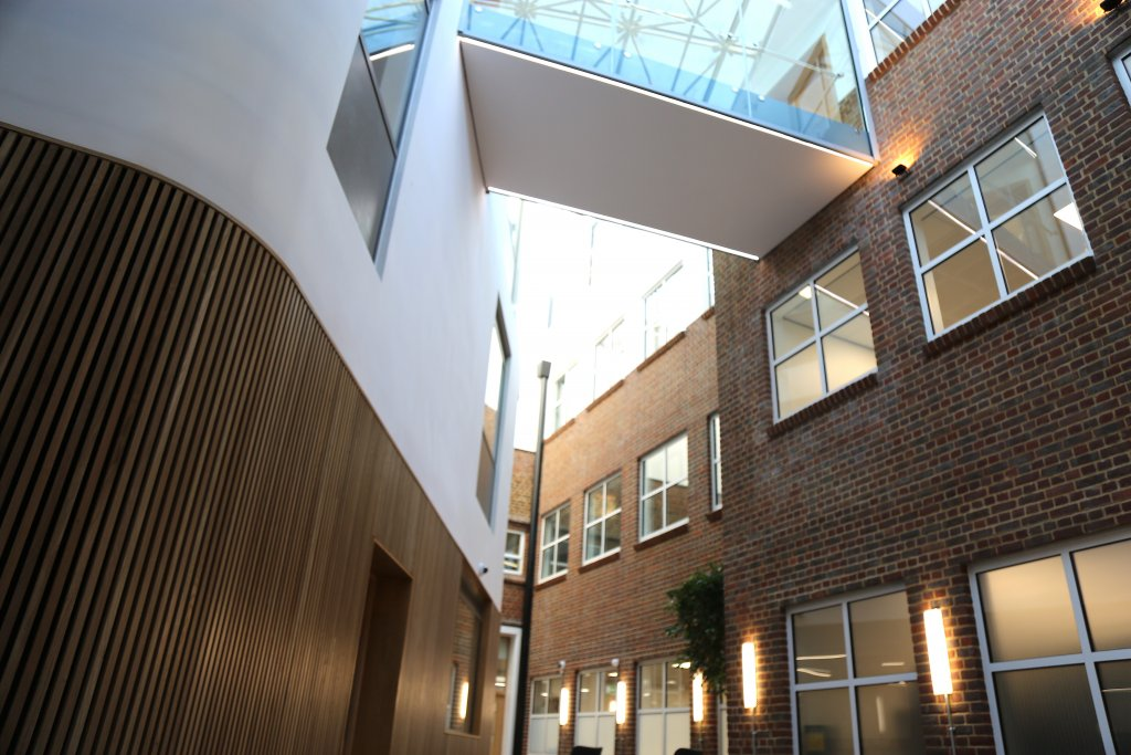Hampton Boys School, Sixth Form Study Centre